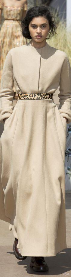 Fall 2017 Haute Couture Christian Dior