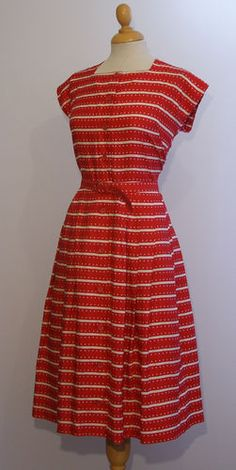 ORIGINAL VINTAGE 1950S RED & WHITE STRIPED ST. MICHAEL DAY DRESS & BELT