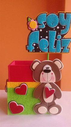 Pin De Sequedayamely En Modelos Para Toppers En 2020 Diy Crafts For Gifts, Foam Crafts, Paper Crafts, Valentine Crafts, Happy Valentines Day, Christmas Crafts, Diy For Kids, Crafts For Kids, Africa Painting