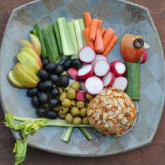 Compassionate Thanksgiving: Kick Ace Extra Sharp Raw Vegan Holiday Cheddar Cheese Ball.