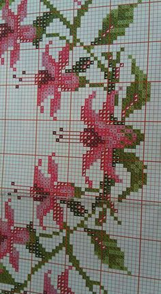 This Pin was discovered by zeh Cross Stitch Charts, Cross Stitch Embroidery, Hand Embroidery, Cross Stitch Patterns, Cross Stitch Flowers, Christmas Cross, Filet Crochet, Hobbies And Crafts, Pixel Art