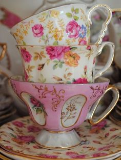 colorful tea cups!