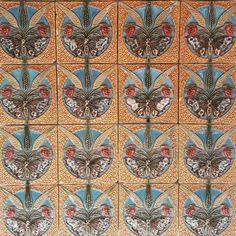 Butterfly and Ears of Corn Tile Panel by Rafael Bordalo Pinheiro. ♡♡♡ Moulded and Glazed Faience. #bordalopinheiro #fineportugueseceramic #museunacionaldoazulejo #lisbon #lisbonwithpats #artnoveautiles