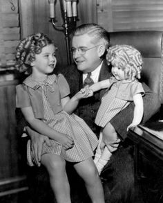 1934: Shirley Temple meets the Shirley Temple Doll