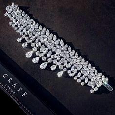 Graff diamond Fringe bracelet, 81.66 carat multi shape diamonds