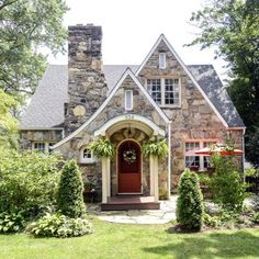 Welcome to my dream home 🌿 Ive always loved stone homes and when I came across this, I just had to share 🌿 I spent 8 hours rearranging both living rooms and then went to dinner and a movie 🌿 Bonne Nuit to all 🌿 photo credit unknown Cottage Tudor, Style Cottage, Cute Cottage, Tudor House, Stone Cottage Homes, English Cottage Exterior, Cottage House, Storybook Homes, Storybook Cottage