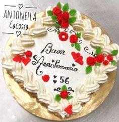 Decorare una torta di compleanno con panna montata | Täytekakkujen