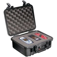 Pelican 1400 Case With Pick N Pluck Foam (black)