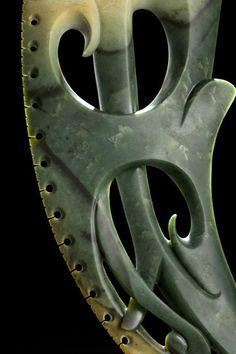 lewis tamihana gardiner Maori Designs, Celtic Designs, Maori Symbols, Polynesian Art, Bone Crafts, New Zealand Art, Nz Art, Maori Art, Art Carved