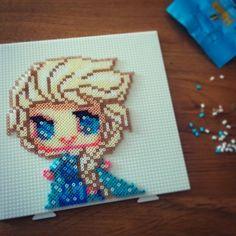 Elsa Frozen Hama mini beads by nerdynoodlelabs
