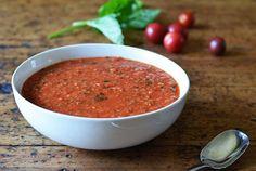Kitchen Experiments: Sous Vide Tomato Sauce - Andrew ZimmernAndrew Zimmern