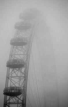 London Eye in the fog