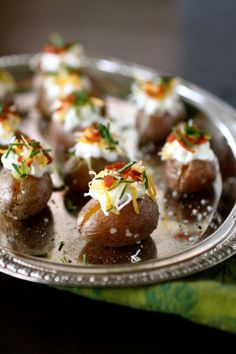 Mini Loaded Baked Potatoes -- a fantastic Superbowl must!