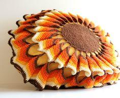 (via Vintage Crochet Pillow Retro Sunshine Pillow by Digvintageshop) Afghan Crochet Patterns, Macrame Patterns, Weaving Patterns, Crochet Leaves, Crochet Flowers, Crochet Tablecloth, Crochet Doilies, Crochet Carpet, Crochet Flower Tutorial