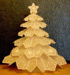 Árvore de Natal em papel vegetal