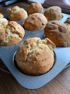 Muffin, Veggies, Bread, Cookies, Breakfast, Desserts, Food, Baguette, Content