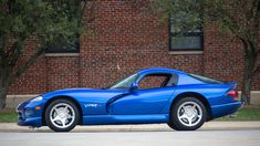 Classic Car News Pics And Videos From Around The World Viper Car, Dodge Viper, Best Muscle Cars, American Muscle Cars, My Dream Car, Dream Cars, Dodge City, Rolls Royce Cars, Bmw Classic Cars