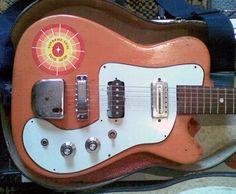 Evan Lorden: Orange CrudBox Project guitar
