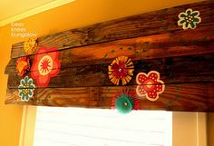 {Bees Knees Bungalow}: Plank wood valance - love the wood valance without the flowery additions. Kids Room, Pretty House, Decor, Diy Furniture Projects, Home Diy, Wooden Tree, Wood Cornice, Little Girl Rooms, Wood Valance