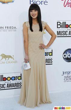 Penyanyi Rae Jepson berpose saat di malam penghargaan Billboard Music Awards di MGM Grand Garden Arena di Las Vegas, Nevada, Minggu (20/5).
