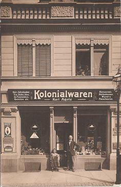 Shorpy Historical Photo Archive :: Kolonialwaren : 1908