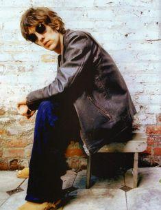 Richard Ashcroft : : Alone With Everybody The Verve, Britpop, 90s Kids, Theme Song, I Love Fashion, Idol, Richard Ash, Uber, Guys