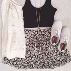 *NEW* FLORAL SKIRT  Worn once, perfect condition, super stretchy elastic waistband, cute neutral floral print, one size but fits size xs-medium! Brandy Melville Skirts Mini