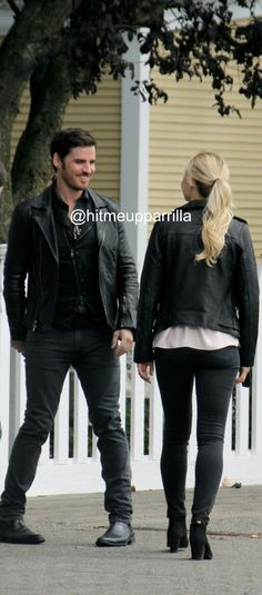 Jen and Colin on set
