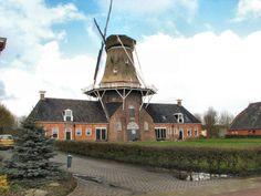 https://flic.kr/p/GZEbj   Roderwolde Drenthe   Olie en korenmolen Woldzigt, Roderwolde gem. Noorderveld. Zie ook: www.molendatabase.nl/nederland/molen.php?nummer=26