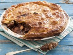 From the YOU test kitchen: Chicken pie South African Recipes, Pot Pie, Test Kitchen, Apple Pie, Food Inspiration, Recipies, Cooking Recipes, Yummy Food, Snacks