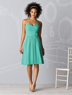 cute bridesmaid dress in pantone turquoise