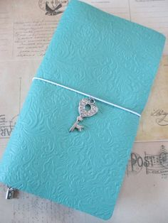 "Regular size ""Tiffany"" traveler's notebook"