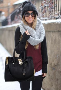 """Warm casual winter outfit fashion with scarf looks so comfy. If only that would pass for a """"winter outfit"""" around here! Casual Winter Outfits, Winter Fashion Outfits, Look Fashion, Autumn Winter Fashion, Fashion Clothes, Fall Outfits, Womens Fashion, Winter Style, Street Fashion"""