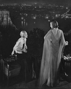 What a superbly chic shot of two 1930s women in elegant evening wear.  #vintage #fashion #1930s