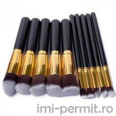 Cheap makeup brush set, Buy Quality brush set directly from China cosmetic set Suppliers: 10 Pcs Silver/Golden Makeup Brushes Set pincel maquiagem Cosmetics maquillaje Makeup Tool Powder Eyeshadow Cosmetic Set Make Up Tools, Professionelles Make Up, Blush Makeup, Makeup Brush Set, Kabuki Brush Set, Hair Brush, It Cosmetics Brushes, Makeup Cosmetics, Lip Brushes