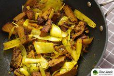 Seitan s pórkem a kurkumou Seitan, Tempeh, Pot Roast, Beef, Ethnic Recipes, Fit, Carne Asada, Meat, Roast Beef