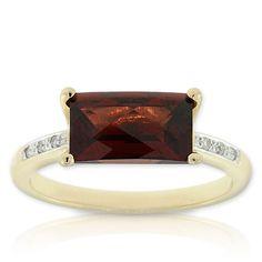 Beautiful ring my birthstone January Garnet & Diamond Ring in 14K yellow gold   akt