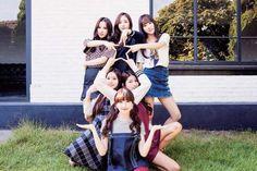 Your number one Asian Entertainment community forum! Kpop Girl Groups, Korean Girl Groups, Kpop Girls, Korean Group, K Pop, Oppa Gangnam Style, Sinb Gfriend, G Friend, Mamamoo