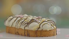 Winnend HHB-recept: Slof advocaat. Dutch Recipes, Sweet Recipes, Baking Recipes, Cake Recipes, Pie Cake, No Bake Cake, Sweet Bakery, Sweet Pie, Homemade Pie