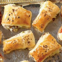 Holiday Finger Food Appetizers: Mushroom Puffs