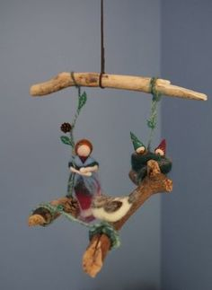 This Waldorf inspired mobile is entirely handmade and one of a kind. All the materials are natural: drift wood, wool fiber and felt, pine cones. Waldorf Crafts, Waldorf Dolls, Felt Angel, Felt Pictures, Needle Felting Tutorials, Felt Fairy, How To Make Toys, Felt Decorations, Nuno Felting