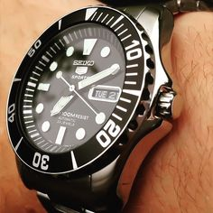 What's On Your Wrist? — THE EVER DEPENDABLE SEIKO SEA URCHIN SNZF17 ON...