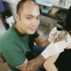 How to Become a Tattoo Artistopustattoogloves1@gmail.com