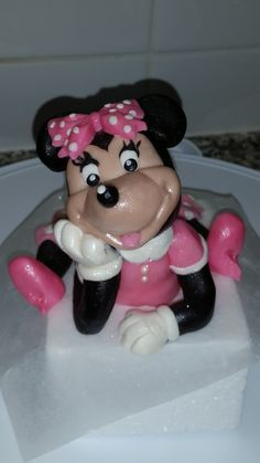 Chocolate Cake Toppers, Edible Cake Toppers, Fondant, Desserts, Food, Tailgate Desserts, Deserts, Fondant Icing, Meals