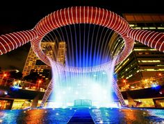 17 Jaw-Dropping Fountains from All Over the World You Can't Stop Gazing At