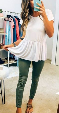 casual summer outfits for women Outfits Casual, Tomboy Outfits, Cute Outfits, Fashion Outfits, Peplum Top Outfits, Stylish Work Outfits, Athletic Outfits, Classic Outfits, Jean Outfits