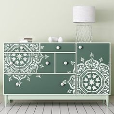 32 Ideas For Diy Furniture Painting Vintage Dressers Refurbished Furniture, Paint Furniture, Upcycled Furniture, Furniture Projects, Furniture Makeover, Bedroom Furniture, Furniture Design, Moroccan Furniture, Stencils On Furniture