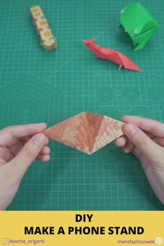 Let's give it a try and share us your stand below! Paper Folding Crafts, Cool Paper Crafts, Paper Crafts Origami, Creative Crafts, Diy Paper, Plane Crafts, Diy Phone Stand, Instruções Origami, Diy Crafts Hacks