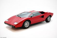 Lamborghini Countach LP400 by Travis Cuykendall, via Flickr