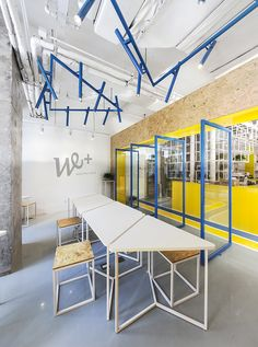 mat office coworking triangular tables are used because of their modular properties that allow for individual or team work